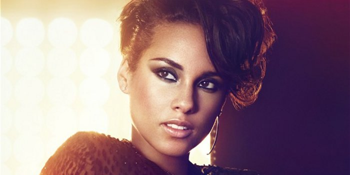 Alicia Keys - Girl On Fire (review)